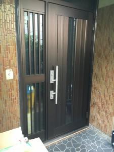 K様邸 玄関ドア リフォーム カバー工事