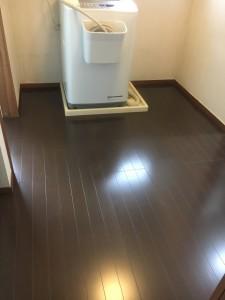I様邸 洗面室床張替え・浴室ドア交換工事